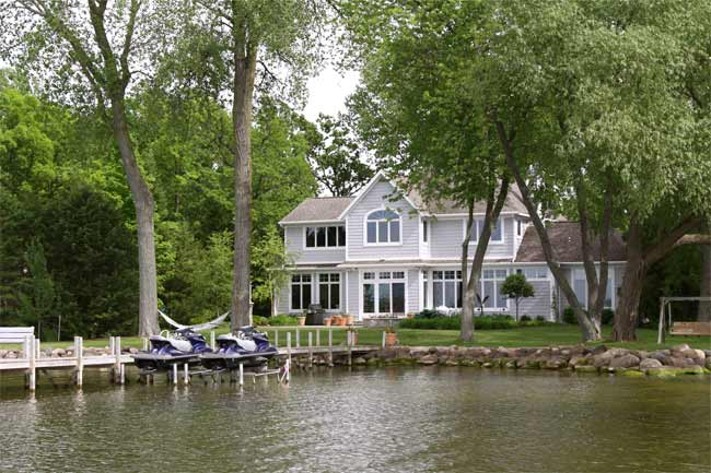 Home on the Water? Making Your Marine Construction More Reliable